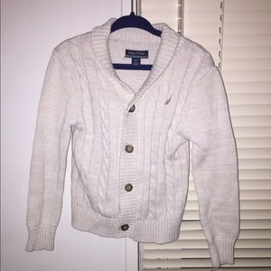 ❄️Nautica elbow patch sweater size 3T❄️